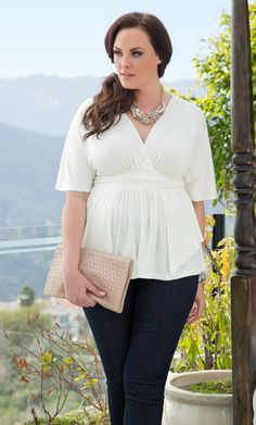 For a sunny day, wear our Porcelain Promenade Top to stay cool and stylish.  www.kiyonna.com  #KiyonnaPlusYou  #Plussize  #MadeintheUSA  #Kiyonna