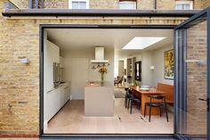 VCDesign really like this Dining area and layout in a narrow house in Lewin Rd, East Sheen. It also has a hidden utility room