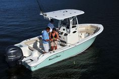Outboard center console boat / sport-fishing / with T-top 2200 XS Nautic Star Boats