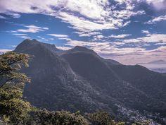 https://flic.kr/p/v182vf | Morros na Zona Norte do Rio de Janeiro, Brasil. | Hill at the North Zone of the city.  Rio de Janeiro, Brazil. Have a great day! :-D  <u><i>To direct contact me / Para me contactar diretamente:</i> </u><b>lmsmartinsx@yahoo.com.br</b>