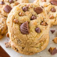 There is no such thing as too much peanut butter, right!? These Chocolate Chip Peanut Butter Cookies are packed with peanut butter chocolate chips, salted caramel peanuts and loads of Reese's peanut butter cup chunks. These cookies start out by using my famous Best Chocolate Chip Cookies recipe, seriously it's the best chocolate chip cookie …