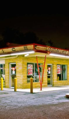 Grab a burger at Greater Detroit's 8 best diners and drive-ins