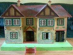 KT Miniatures Journal: Another 1930s Dolls House!