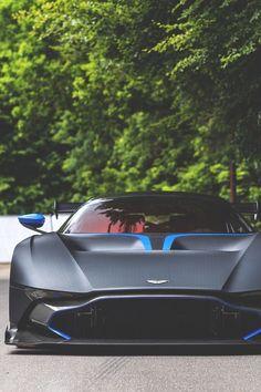 roxtunecars:  Aston Martin Vulcan top gear hot cars