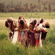 My soul sisters Foto Fantasy, Sacred Feminine, Devine Feminine, Mystique, Wise Women, Soul Sisters, Jolie Photo, Women Empowerment, Girl Power