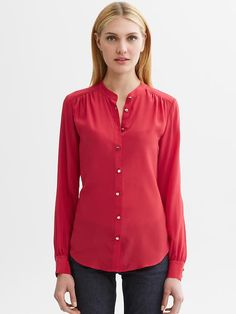 Banana Republic Lydia Silk Blouse $80.00 - Buy it here: https://www.lookmazing.com/products/show/2384633?shrid=46