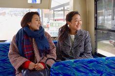 画像・写真 4月3日放送のBS-TBS『日本の旬を行く!路線バスの旅』に浅田真央・舞姉妹が出演(C)BS-TBS 2枚目 / 浅田姉妹、2人きりの路線バス旅へ 過去、将来、本音トークで涙