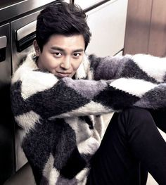 Yeon Woo-jin goes up against Lee Seung-gi in Compatibility » Dramabeans Korean drama recaps