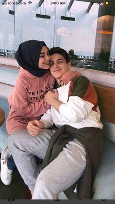 Cute Couple Dp, Cute Couple Selfies, Cute Couple Poses, Best Couple, Cute Muslim Couples, Cute Couples Goals, Cute Anime Couples, Couple Goals, Young Couples Photography
