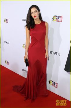 megan fox big arrested development fan 01 Megan Fox is a red bombshell as she arrives at Ferrari's 60th Anniversary in the USA Gala held at the Wallis Annenberg Center for the Performing Arts on Saturday…