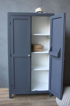 White inside painted plus slate colour on outside. Wardrobe cupboard Armoire Makeover, Wardrobe Makeover, Wardrobe Storage, Furniture Makeover, Upcycled Furniture, Cool Furniture, Painted Furniture, Bedroom Furniture, Furniture Storage