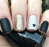 nails, You can collect images you discovered organize them, add your own ideas to your collections and share with other people. Hot Nails, Hair And Nails, Self Nail, Gelish Nails, Manicure E Pedicure, Nagel Gel, Trendy Nails, Nails Inspiration, Beauty Nails