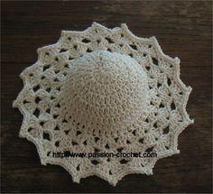 Ravelry: Le chapeau pattern by Passion-Crochet Bonnet Crochet, Crochet Motif, Crochet Crafts, Crochet Dolls, Crochet Projects, Baby Booties Knitting Pattern, Crochet Baby Booties, Crochet Barbie Clothes, Crochet Hat Patterns