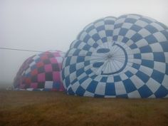 A pesar del clima, #volar en #globo no deja de ser impresionante. Atrévete! #BuenViernes #Hidalgo #ViveloParaCreerlo