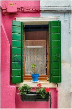 Burano, Italy (260 pieces)