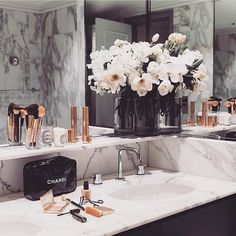 Bathroom #goals  Marble  rose gold   #shopmarsia