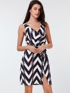 TideBuy - TideBuy Sleeveless Wave-outPrint Pleated Day Dress - AdoreWe.com
