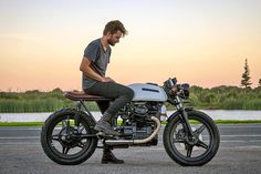 """1,714 Likes, 8 Comments - Return of the Cafe Racers (@returnofthecaferacers) on Instagram: """"The evil twin. Canadian workshop @origin8or Cycles revisits the Honda CB900F to build a cafe racer…"""""""