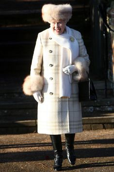 2010 Queen Elizabeth II at Christmas Day church services