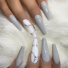 Why do acrylic nails always look way better then natural nails? There is just something about acrylic nails that are simply fabulous and we have found a bunch of awesome acrylic nail designs. Stone Nails, Cute Nails, Pretty Nails, Sculpted Nails, Gray Nails, Black Nails, Best Acrylic Nails, Acrylic Nails Autumn, Acrylic Summer Nails Coffin