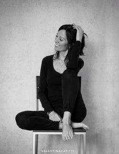 Ph. © Valentina CatittiW - La mia presentazione. Grazie per ľammissione al gruppo! Autoritratto Architecture Magazines, Magazine Art, Your Image, Photo Art, Valentino, Photo Galleries, Art Gallery, Normcore, Fashion