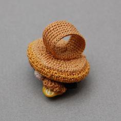 "Photo from album ""Вязаные украшения Элин Томас (Crochet jewellery by Elin Thomas)"" on Yandex. Crochet Accessories, Jewelry Accessories, Jewelry Art, Jewellery, Crochet Rings, Winter Colors, Beautiful Crochet, Crochet Patterns, Crochet Ideas"