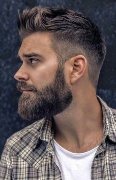 Trending Hairstyles 2019 - Best Short Haircuts For Men - EveSteps Short Hair With Beard, Short Hair Cuts, Short Hair Styles, Taper Fade With Beard, Beard Styles For Men, Hair And Beard Styles, Best Short Haircuts, Haircuts For Men, Mens Hairstyles With Beard