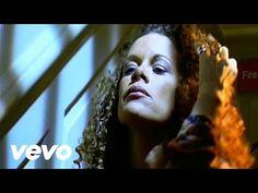 Billie Myers - Kiss The Rain - YouTube