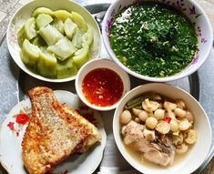 Vietnamese Cuisine, Vietnamese Recipes, Thai Recipes, A Food, Good Food, Food And Drink, Banting Recipes, Viet Food, Keto Diet For Beginners