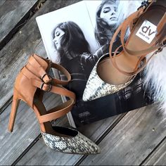 Dolce vita snake print leather point heels Super chic strappy leather point heels with snake print design by dolce vita. Perfect to go with just about anything! Great condition! Editor pick! 3.15.16 Dolce Vita Shoes Heels