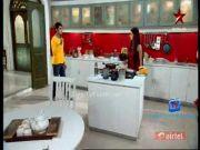 Saath Nibhana Saathiya 24th December 2014 Episode  http://indiastv.com/serials/saath-nibhana-saathiya-24th-december-2014-episode/
