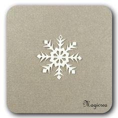 FLOCON DE NEIGE PVC 3 CM BLANC - Boutique www.magicreation.fr Pvc, Boutique, Flakes, Snow, White People