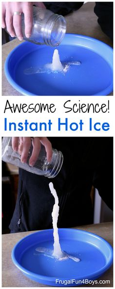 Awesome Science Experiment: Make Hot Ice with Baking Soda and Vinegar - Frugal Fun For Boys a. Awesome Science Experiment: Make Hot Ice with Baking Soda and Vinegar - Frugal Fun For Boys and Girls Cool Science Experiments, Science For Kids, Summer Science, Science Ideas, Baking Soda Experiments, Earth Science, Cool Science Fair Projects, Science Experiments For Preschoolers, Science Party