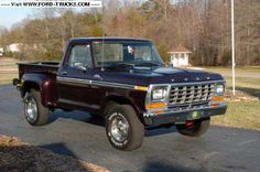 1979 Ford F150 4x4 - Black Cherry