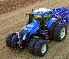 T8.420 New Holland - Google Search New Holland Baler, New Holland Ford, New Holland Tractor, Cool Trucks, Big Trucks, New Holland Agriculture, Crop Protection, Big Tractors, Ford News