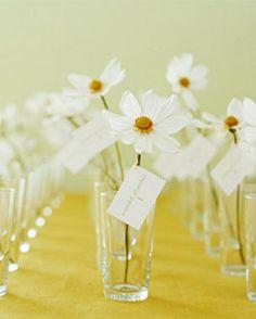 White Daisies / Wedding Style Inspiration / LANE