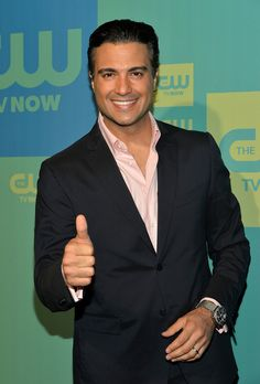 Is 'Jane The Virgin's Rogelio Based On A Real Person? Jaime Camil Doesn't Have Much In Common With His Character