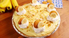 Banana Cheesecake Recipe With Banana Pudding.Four Layer Banana Pudding Dessert Favorite Family Recipes. Easy No Bake Cheesecake Mousse One Serving Just Won't Do! Best Banana Pudding, Banana Pudding Recipes, Pudding Pies, No Bake Desserts, Easy Desserts, Dessert Recipes, Trifle Desserts, Recipes Dinner, Dessert Simple