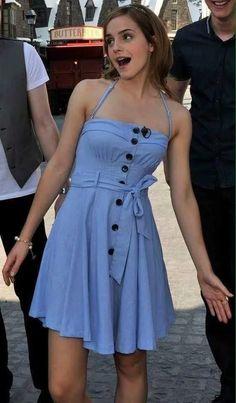 Emma Watson Outfits, Emma Watson Fashion, Emma Watson Dress, Emma Watson Beautiful, Emma Watson Sexiest, Emma Watson Cute, Emma Watson Casual, She Was Beautiful, Beautiful Things