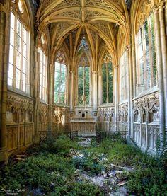 An abandoned church. It looks like the setting for a fantasy novel.