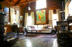 Perfect Eclectic and Cozy Log Cabin - Get $25 credit with Airbnb if you sign up with this link http://www.airbnb.com/c/groberts22
