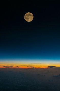 Sol & Lua - Encontro fugaz | Sun & Moon - Meeting fleeting