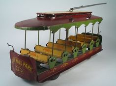 1902 Made for Lionel by Converse Tin Steel City Hall Park Trolley Orig Beauty