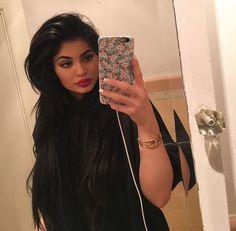 Imagen de kylie jenner, jenner, and beauty Photos Kylie Jenner, Style Kylie Jenner, Nails Kylie Jenner, Kendall Y Kylie Jenner, Kardashian Jenner, Kourtney Kardashian, Kylie Jenner Phone Case, Jenner Hair, Kyle Jenner