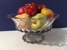 Vintage Clear Swirl Glass Bowl Retro  Centerpiece Fruit Bowl 1940s by VintageLoveAntiques on Etsy https://www.etsy.com/listing/485286319/vintage-clear-swirl-glass-bowl-retro