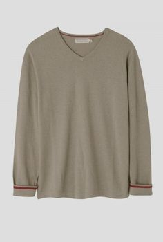 Pete Pullover | Classic v-neck jumper in top quality cotton wool knit. Lightweight, in a versatile colour with naval inspired red knit trim. Great over shirts and tees.