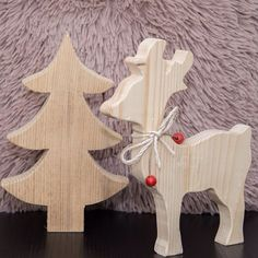 Don't you just love these handmade wooden decorations! . . . . . #christmas #xmas #reindeer #christmastree #christmasdecorations #christmasdecor #myhohohome #handmadechristmas #minimaldecor #mynordicchristmas #minimaldecor #pocketofmyhome #instahomes  #diy #diyideas #diyprojects #diydecor #reclaimed #handmade #homemade #craft #crafter #craftholic #crafttime #makeit #doityourself #thatsdarling #creativityfound #sundayathome #κυριακη_στο_σπιτι