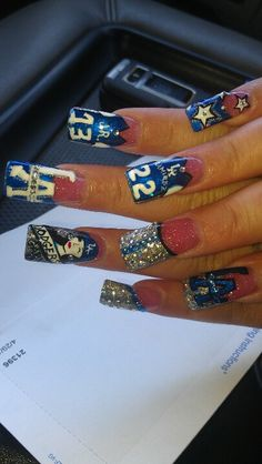 Los Angeles Dodgers nail art @Desiree Nechacov Mullen this is like what we were talking about wowza