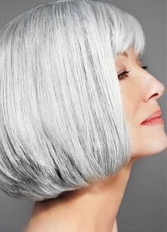 Bob Grey Hair Color for Older Ladies Older Women Hairstyles, Bob Hairstyles, Straight Hairstyles, Short Haircuts, Hairstyle Short, Hairstyle Ideas, Grey Hair Extensions, Hair Turning White, Natural Hair Styles