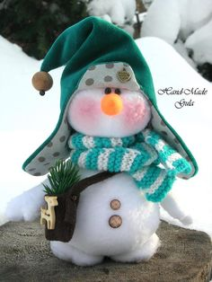 Yulia Gula s Christmas Gnome, Christmas Makes, Christmas Projects, Christmas Humor, Holiday Crafts, Winter Christmas, Funny Snowman, Sock Snowman, Snowman Crafts